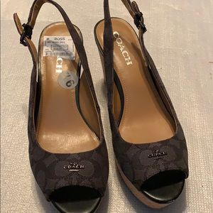 Coach wedges size 91/2 NWT